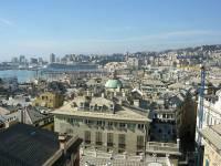 Widok panoramiczny na miasto i Zatokę Genueńską ze szczytu dachu, Genua, Palazzo Rosso