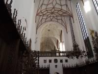 Wnętrze prezbiterium kościoła Św. Trójcy w Gdańsku. Widok od strony wschodniej w kierunku nawy głównej