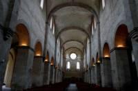 Wnętrze romańskiego kościoła w klasztorze w Eberbach<br />Autor: Grzegorz Pachla